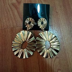 NWT earrings